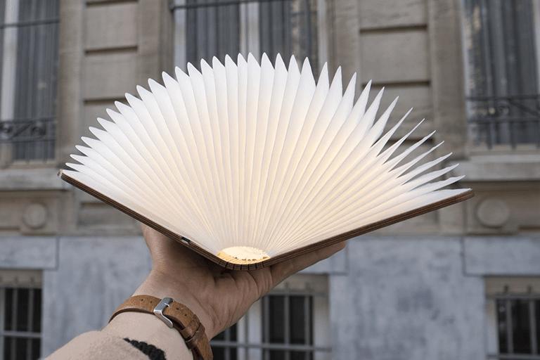boek als lamp