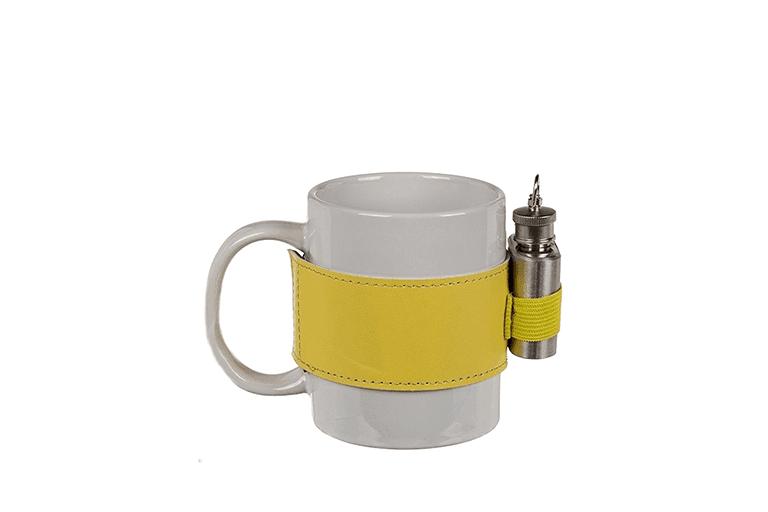 koffiemok met flacon