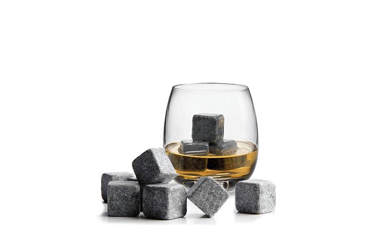 Stenen whiskey stones
